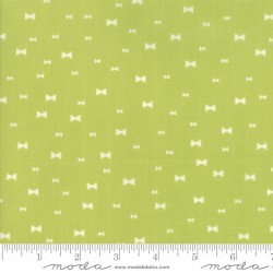 Clover Hollow - Leaf Green Fancy