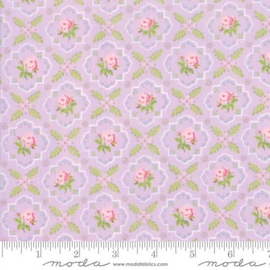 Finnegan - Trellis Lilac