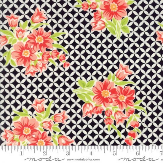 Handmade - Gwendolyn Black - 1 Cut FQ