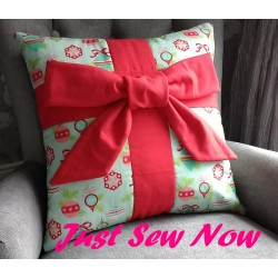 All Wrapped Up Cushion Kit - Vintage Christmas and Red