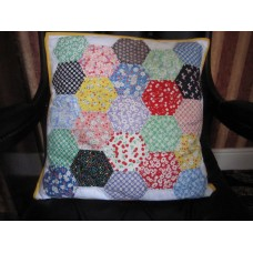30's Playtime Favorites - Hexagon Cushion Kit