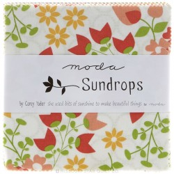 Sundrops - Charm Pack